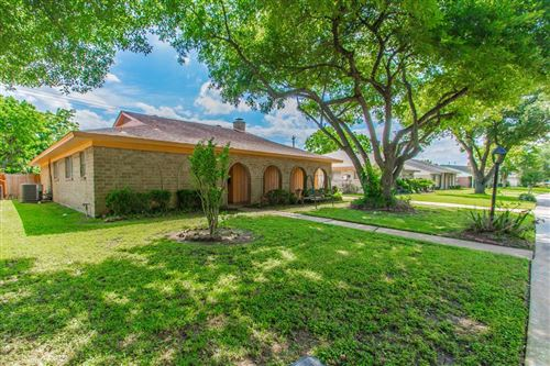 Photo of 11218 Sagecanyon Drive, Houston, TX 77089 (MLS # 70123725)