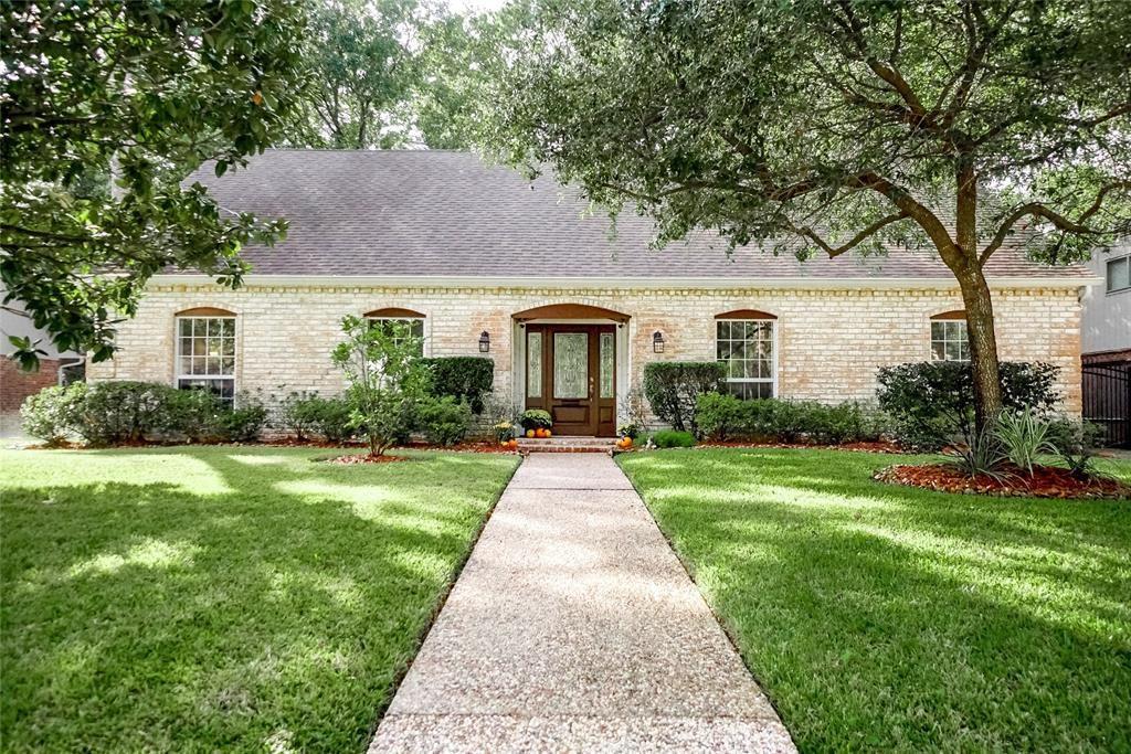 1302 Briarbrook Drive, Houston, TX 77042 - #: 37799726