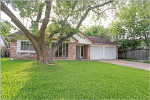 Photo of 1115 Bournewood Drive, Sugar Land, TX 77498 (MLS # 11962727)