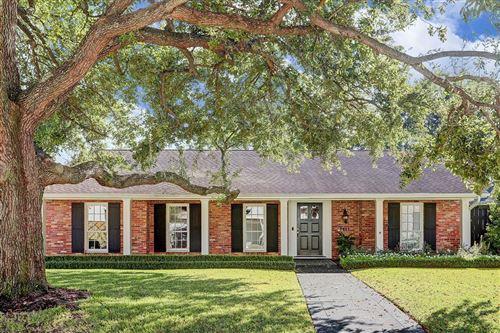 Photo of 1411 Briarmead, Houston, TX 77057 (MLS # 3254727)