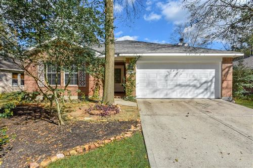 Photo of 22 E Misty Dawn Drive, The Woodlands, TX 77385 (MLS # 69844727)