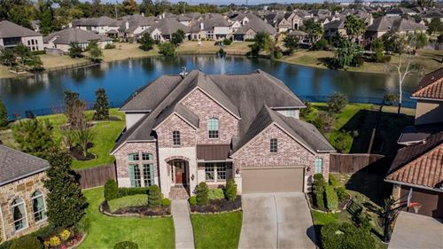 Photo of 4807 Beamer Creek Court, Sugar Land, TX 77479 (MLS # 62814729)