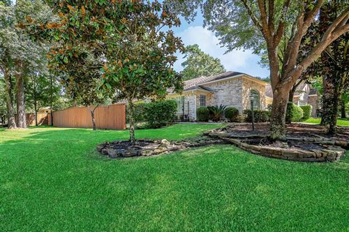 Photo of 55 E Foxbriar Forest Circle, The Woodlands, TX 77382 (MLS # 86215730)