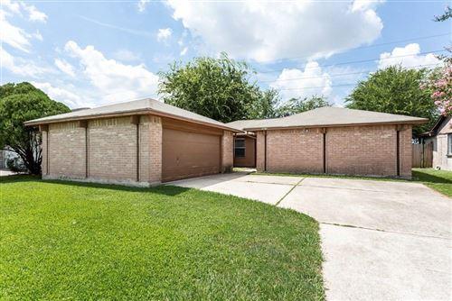 Photo of 3619 Hombly Road, Houston, TX 77066 (MLS # 54067733)