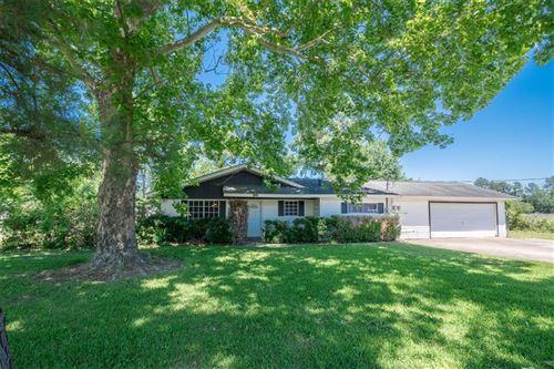 Photo of 14922 Vera Drive, Houston, TX 77396 (MLS # 97695734)
