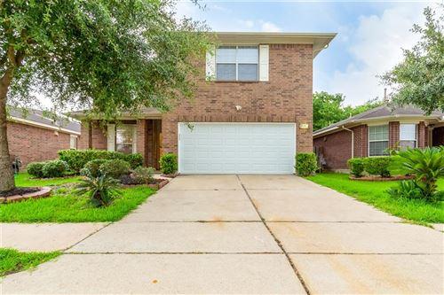 Photo of 9726 Angleside Lane, Sugar Land, TX 77498 (MLS # 38353739)