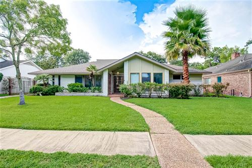 Photo of 5818 Picasso Place, Houston, TX 77096 (MLS # 76374739)