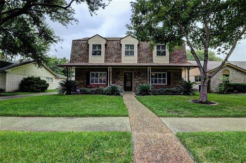 Photo of 9722 Derrik Drive, Houston, TX 77080 (MLS # 20993743)