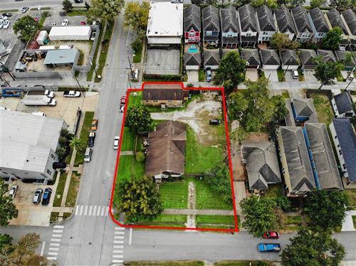 Photo of 602 W 21st Street, Houston, TX 77008 (MLS # 58142743)