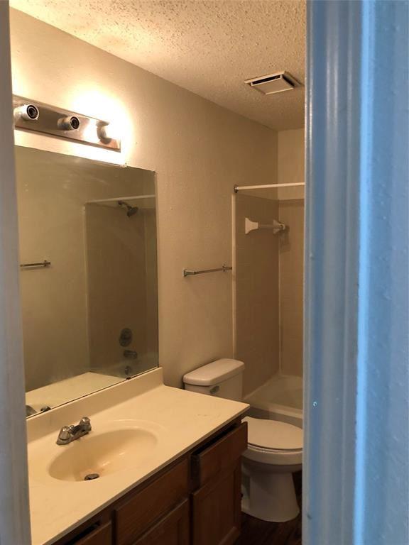 Photo for 2112 Hazlitt Drive, Houston, TX 77032 (MLS # 12672744)