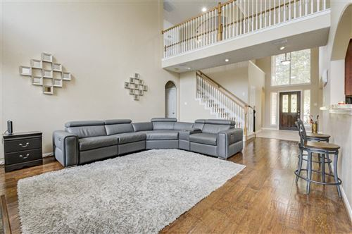 Photo of 35 Gilmore Grove Pl, The Woodlands, TX 77382 (MLS # 22987746)