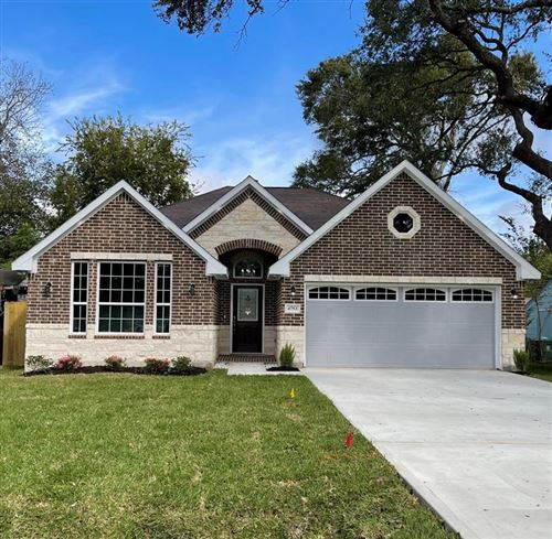 Photo of 4753 Angleton Street, Houston, TX 77033 (MLS # 72231748)