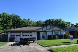 Photo of 13518 Greenbriar Drive, Sugar Land, TX 77498 (MLS # 32293749)