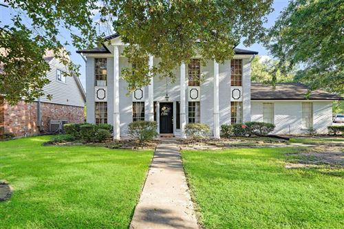 Photo of 10502 Greencreek Drive, Houston, TX 77070 (MLS # 3128758)