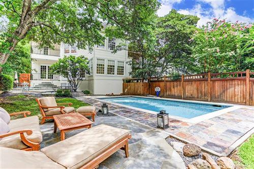 Photo of 16C West Oak Drive, Houston, TX 77056 (MLS # 26863759)