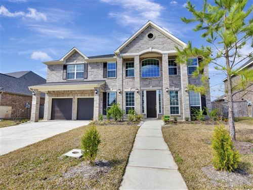 Photo of 2210 Briarstone Bluff Crossing, Pearland, TX 77089 (MLS # 31680759)
