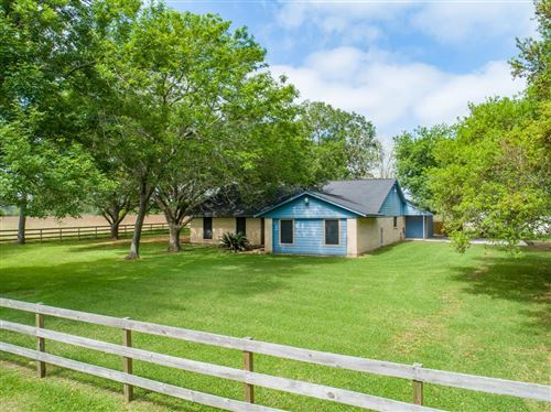 Photo of 1901 Counthy Road 152, Alvin, TX 77511 (MLS # 50620759)