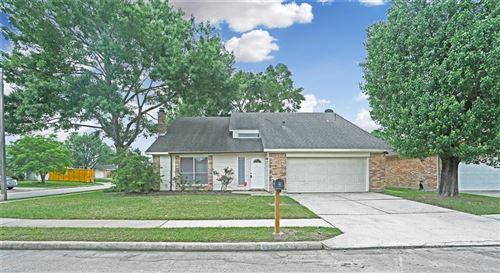 Photo of 1303 Valley Landing Drive, Katy, TX 77450 (MLS # 19087761)