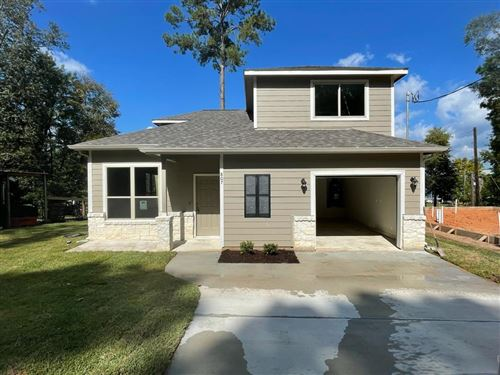 Photo of 807 Comanche Road, Montgomery, TX 77316 (MLS # 6849761)