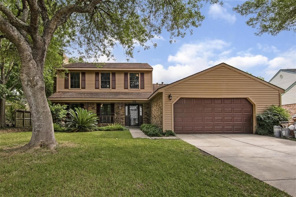 Photo for 338 Lost Rock Drive, Houston, TX 77598 (MLS # 59905761)
