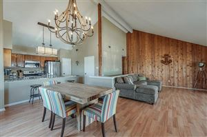 Photo of 3 April Point North Drive, Conroe, TX 77356 (MLS # 17078763)