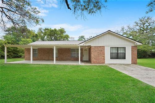 Photo of 12486 Twelve Oaks, Willis, TX 77378 (MLS # 81152765)