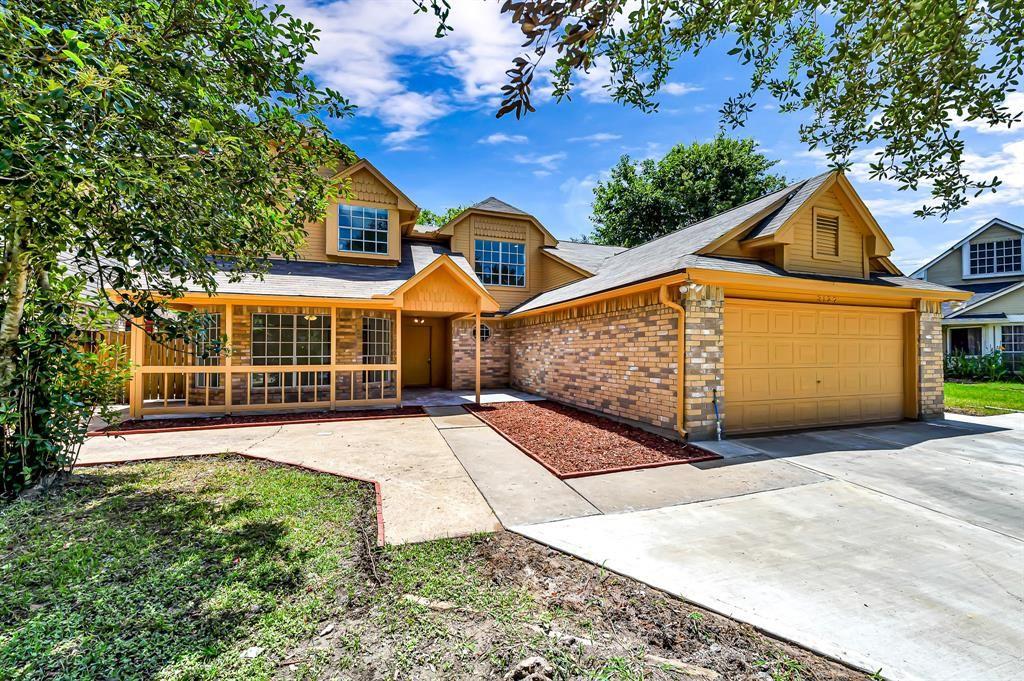 Photo for 3127 Skypark Drive, Houston, TX 77082 (MLS # 38972766)