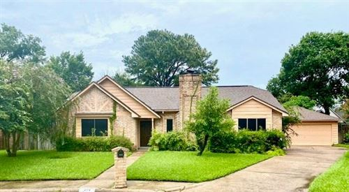 Photo of 310 Peacedale Court, Houston, TX 77015 (MLS # 73821770)