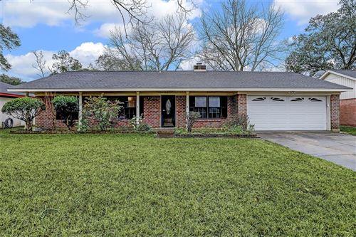 Photo of 326 Hurstgreen Lane, Alvin, TX 77511 (MLS # 14437771)