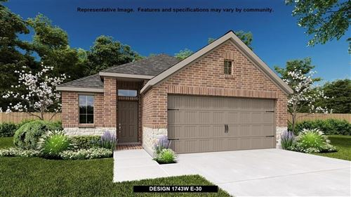 Photo of 240 North Cascade Heights Drive, Montgomery, TX 77316 (MLS # 48391772)