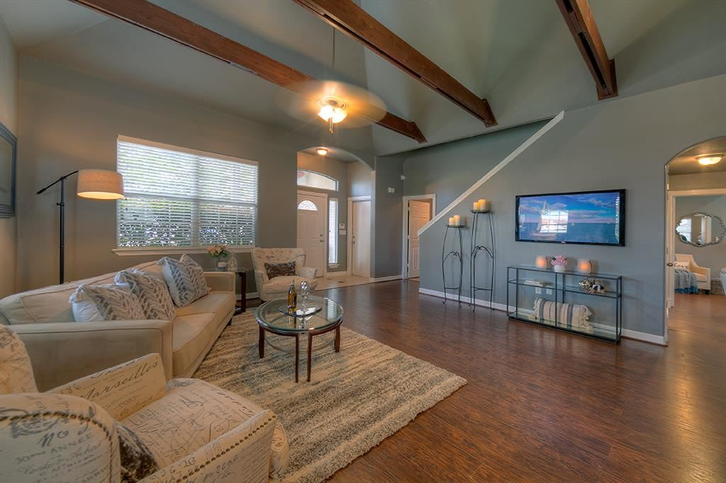 Photo for 49 Regency Point Point, Montgomery, TX 77356 (MLS # 17028772)