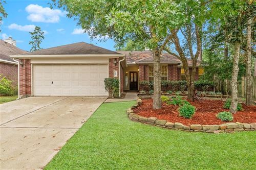 Photo of 166 Merryweather Place, Conroe, TX 77384 (MLS # 22149775)