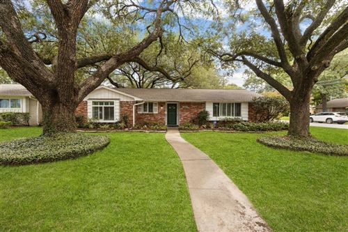 Photo of 10602 Overbrook Lane, Houston, TX 77042 (MLS # 32762777)