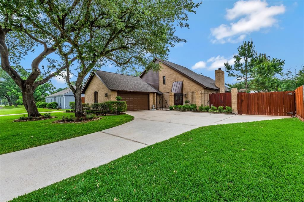16310 Shady Elms Drive, Houston, TX 77059 - #: 88666777
