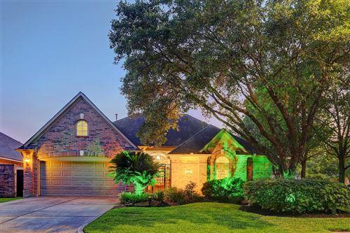 Photo of 2627 N Strathford Ln, Kingwood, TX 77345 (MLS # 8257779)