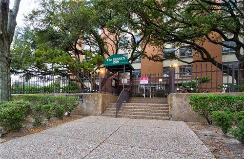 Photo of 7520 Hornwood Drive #801, Houston, TX 77036 (MLS # 77908781)