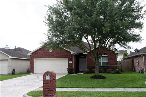 Photo of 731 Chase View Drive, Bacliff, TX 77518 (MLS # 31760783)