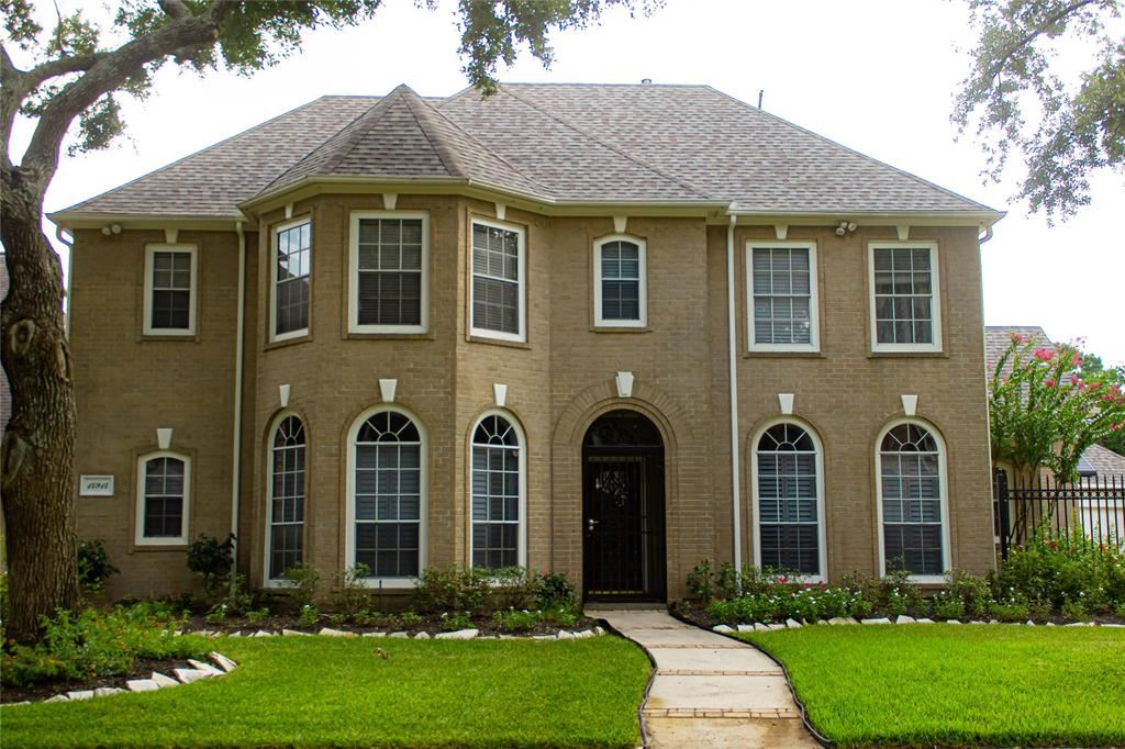 Photo for 14914 Evergreen Ridge Way Street, Houston, TX 77062 (MLS # 10477783)