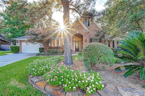 Photo of 11 Mammoth Springs Court, The Woodlands, TX 77382 (MLS # 293784)