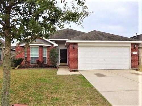 Photo of 4839 Chase Court Drive, Bacliff, TX 77518 (MLS # 86675785)