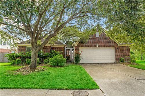 Photo of 3146 Autumn Leaf Drive, Friendswood, TX 77546 (MLS # 40961787)