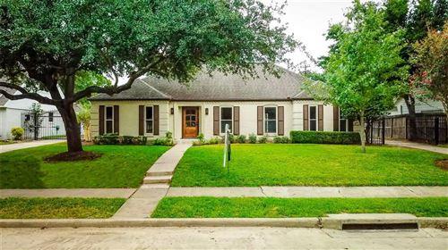 Photo of 2910 Stoney Brook Drive, Houston, TX 77063 (MLS # 3550788)