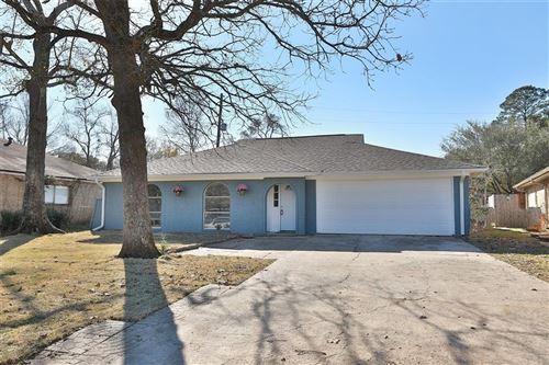 Photo of 2 Midwood Circle, Conroe, TX 77301 (MLS # 44803789)