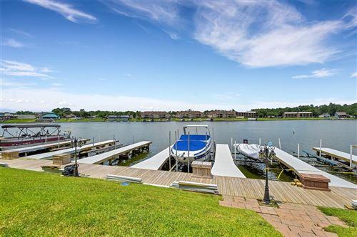 Photo of 168 Lake Point Boulevard #B302, Conroe, TX 77356 (MLS # 29511791)