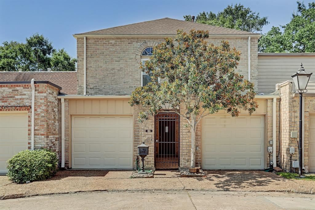 135 Phanturn Lane, Bellaire, TX 77401 - #: 6256792