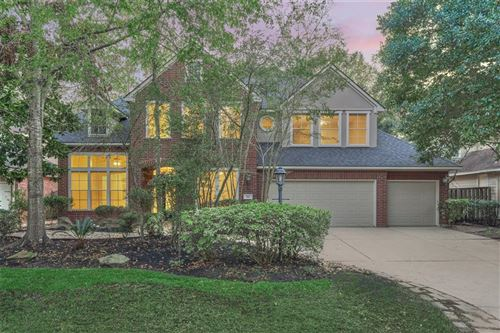 Photo of 102 Plum Crest, The Woodlands, TX 77382 (MLS # 52548794)