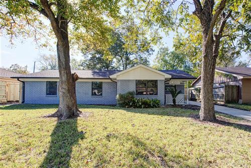 Photo of 4211 Ebbtide Drive, Houston, TX 77045 (MLS # 85797795)
