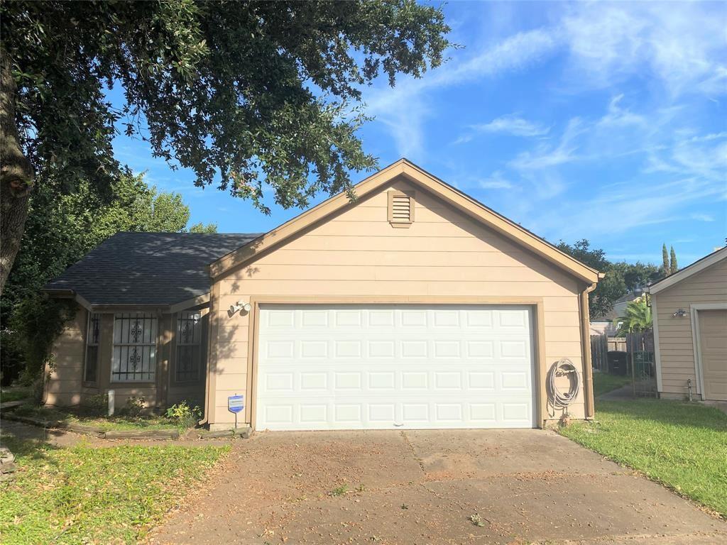 Photo for 11659 Twinridge Lane, Houston, TX 77099 (MLS # 94949795)