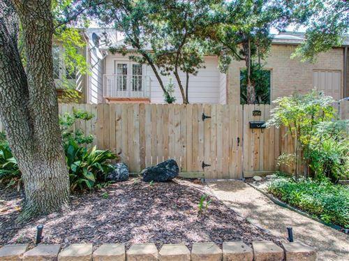 Photo of 5854 Sampley Way, Houston, TX 77092 (MLS # 90406807)
