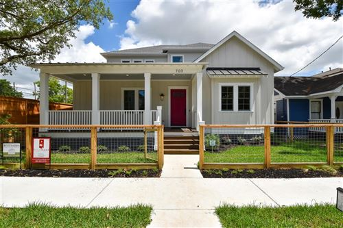 Photo of 705 E 10th 1/2 Street, Houston, TX 77008 (MLS # 45616810)